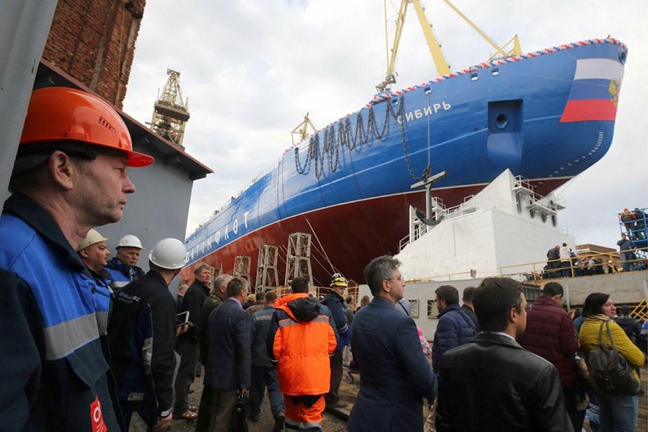 Путин: Ледокол «Сибирь» значительно укрепит потенциал атомного флотаРФ