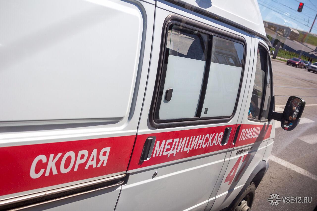 ВКузбассе после жёсткого ДТП «Волгу» отбросило на ребенка