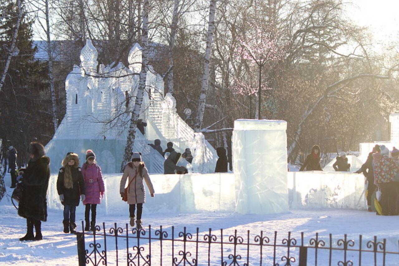 Ледовый городок закрыли вТомске из-за теплой погоды