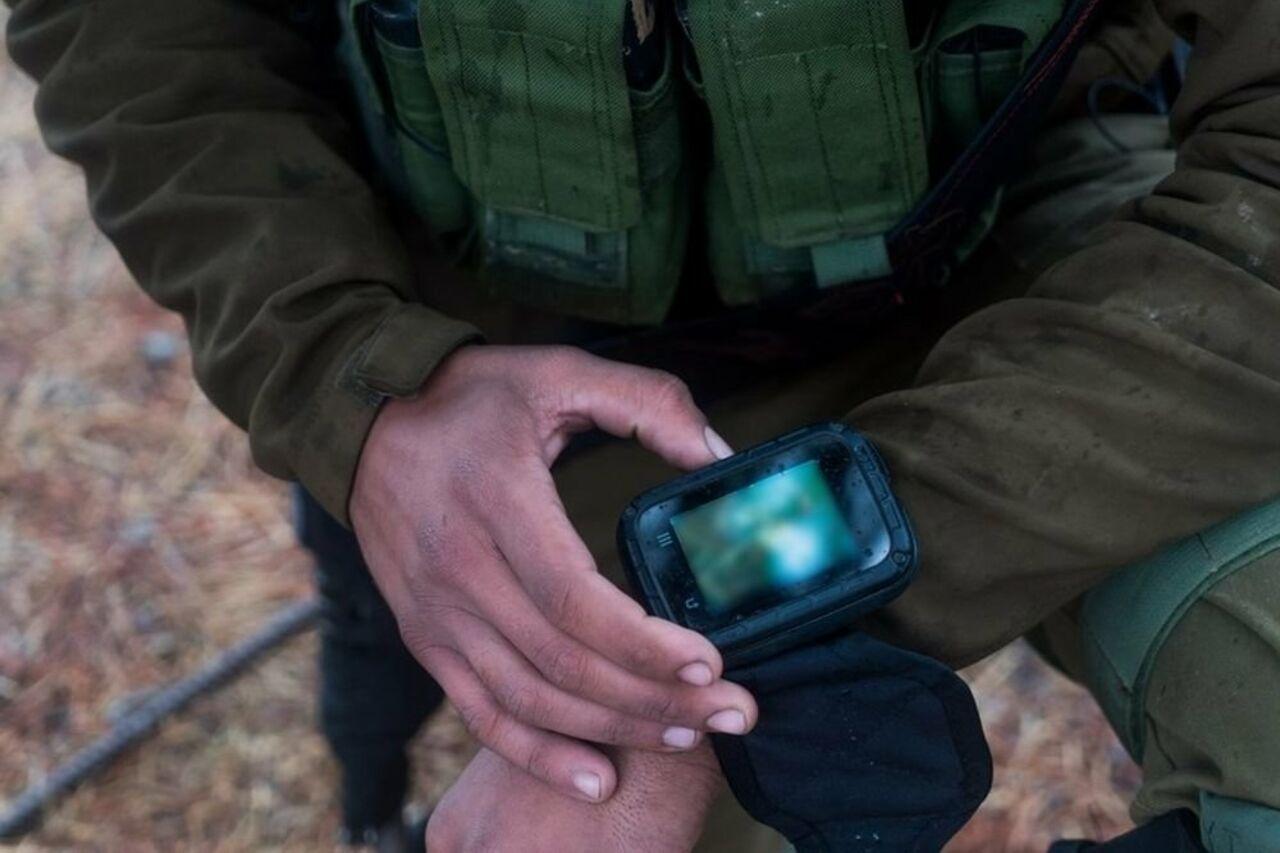 Солдатам израильской армии выдали боевые мобильные телефоны