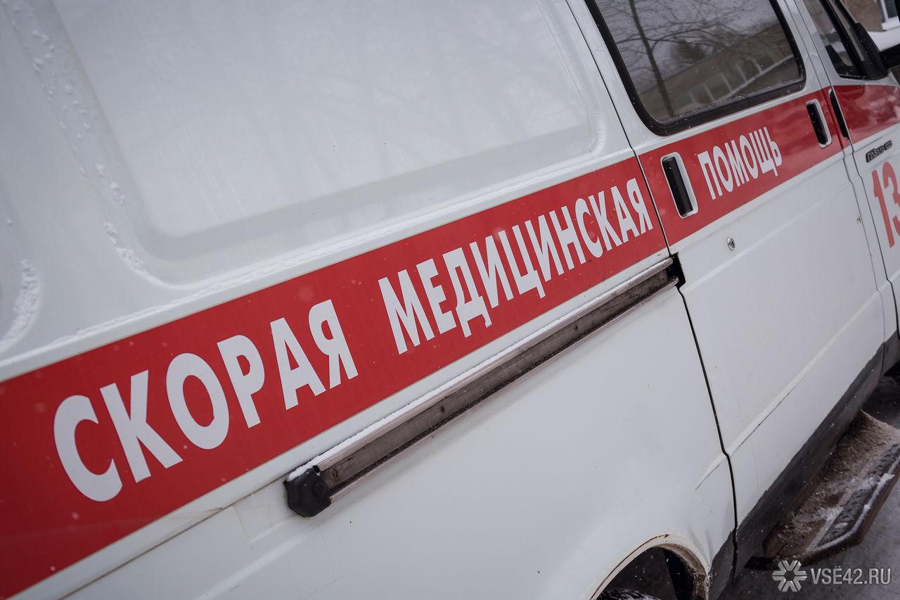 Кузбассовец кинулся на мед. сотрудника «скорой», размахивая тесаком