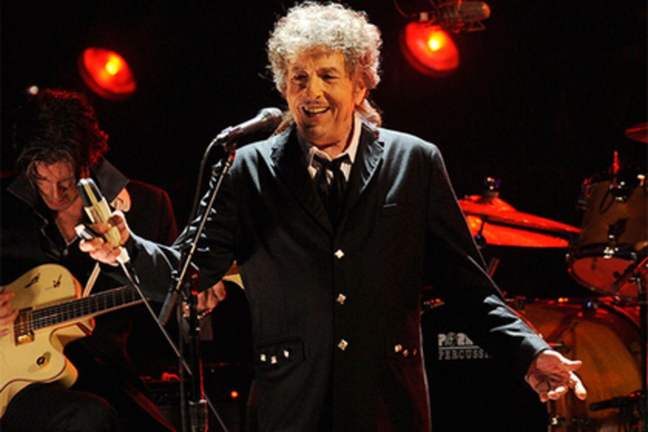 Боб Дилан принял участие взаписи альбома для однополых свадеб