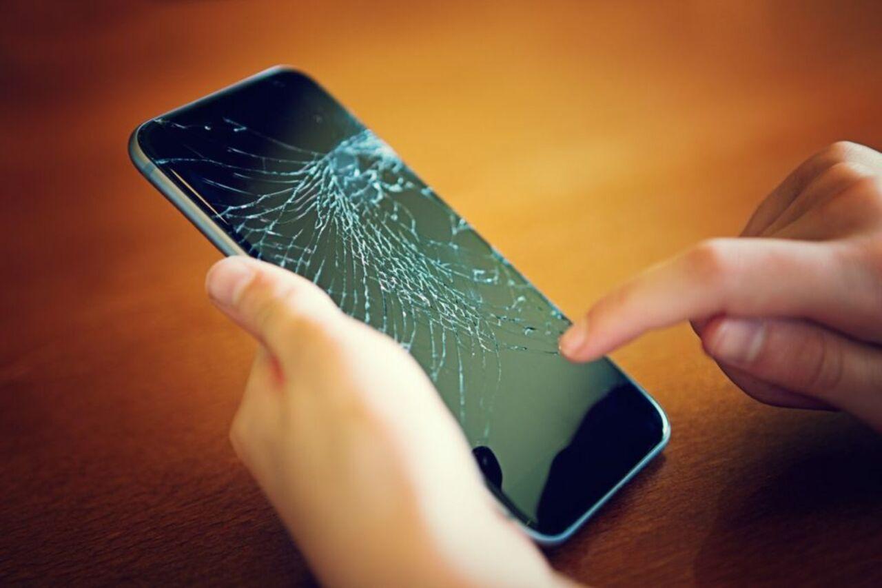 Профессионалы SquareTrade назвали самые распространенные поломки телефонов вСША