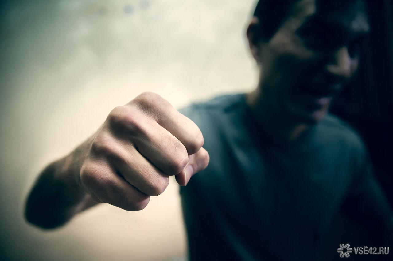 Солист немецкой рок-группы Rammstein Тилль Линдеманн избил мужчину