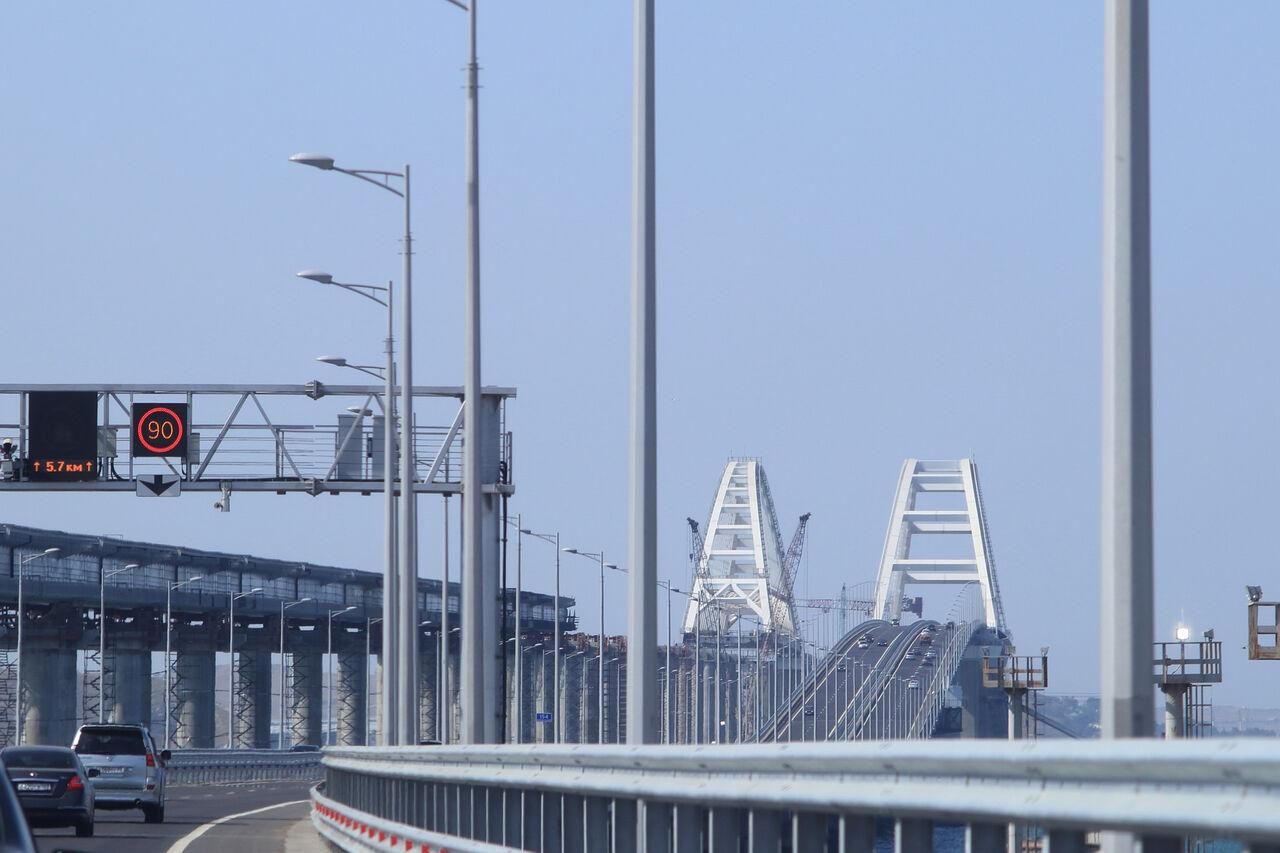 Крымскому мосту начнут курсировать поезда. Также стала известна дата продажи ж  д билетов