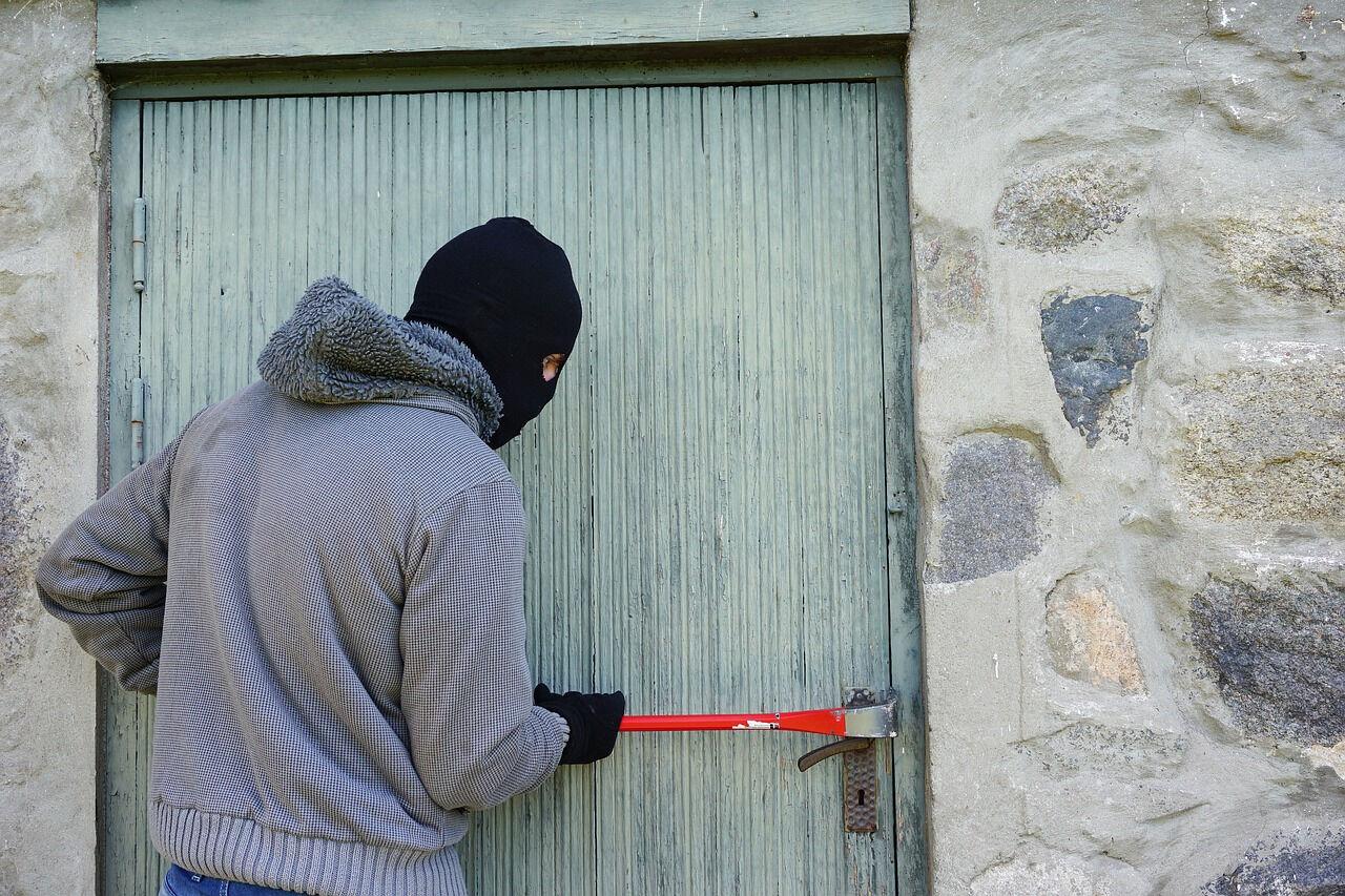 Наспор: ограбление магазина Томом Хэнксом попало навидео