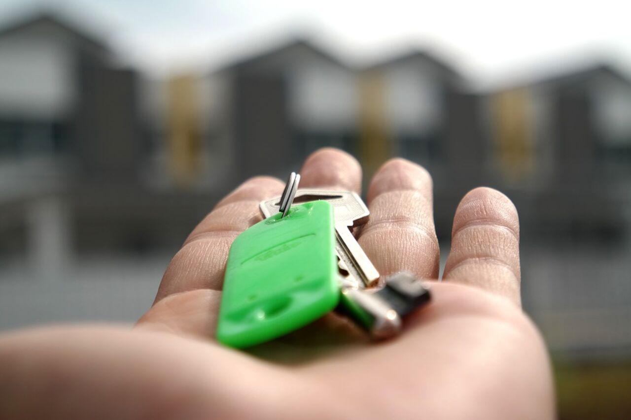 Многодетным семьям Тверской области дадут 450 тыс. напогашение ипотеки