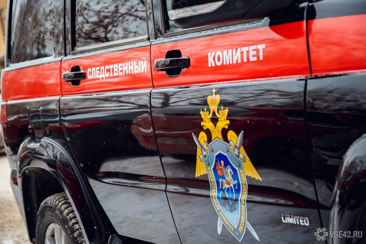 Рабочий умер наКузбассе вовремя замены колеса автогрейдера
