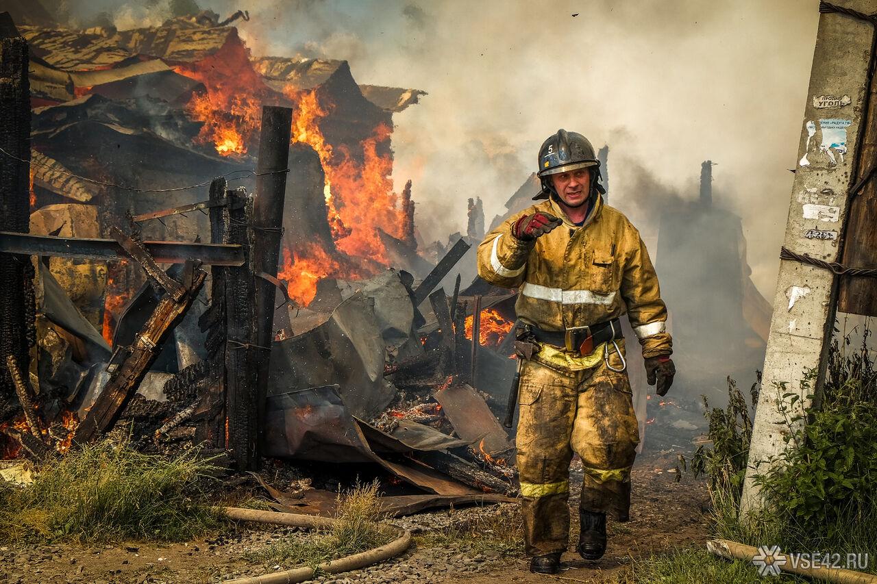 ВКемерове впожаре вжилом доме погибла 55-летняя женщина