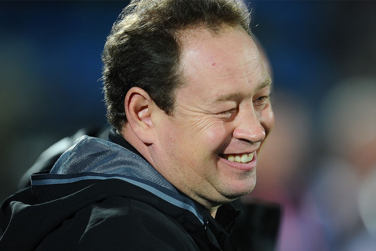 Экс-тренер сборной России по футболу Леонид Слуцкий нашел новую работу в Голландии. Об этом сообщил Telegraaf