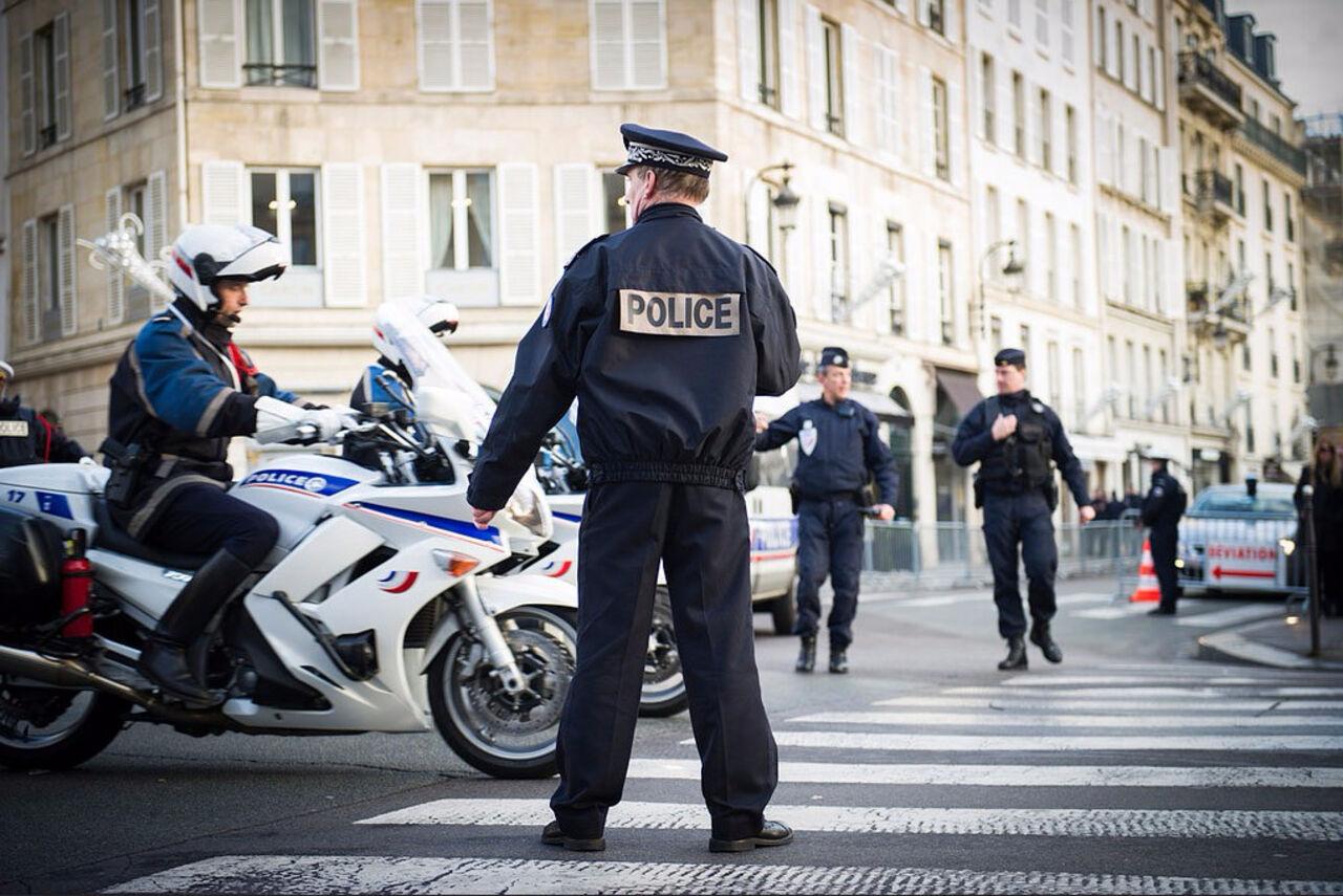 ВТулузе мотоциклисты вмусульманской одежде убили одного иранили шестерых человек