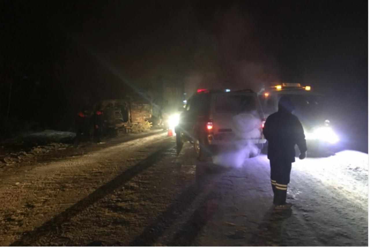 МЧС: Девять человек погибло вавтоаварии вЯкутии