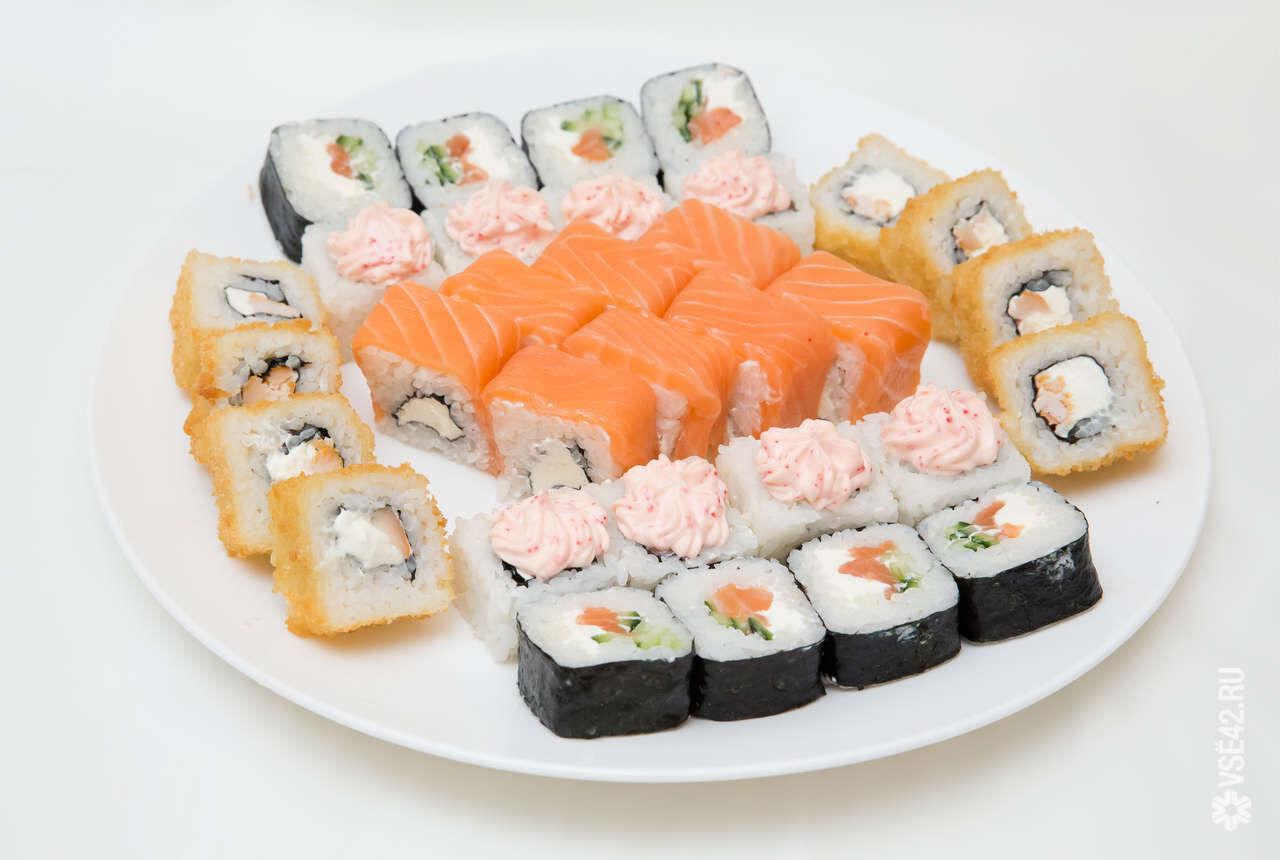 Новому клиенту, ролл Самурай в подарок! «РИС» - суши бар 93