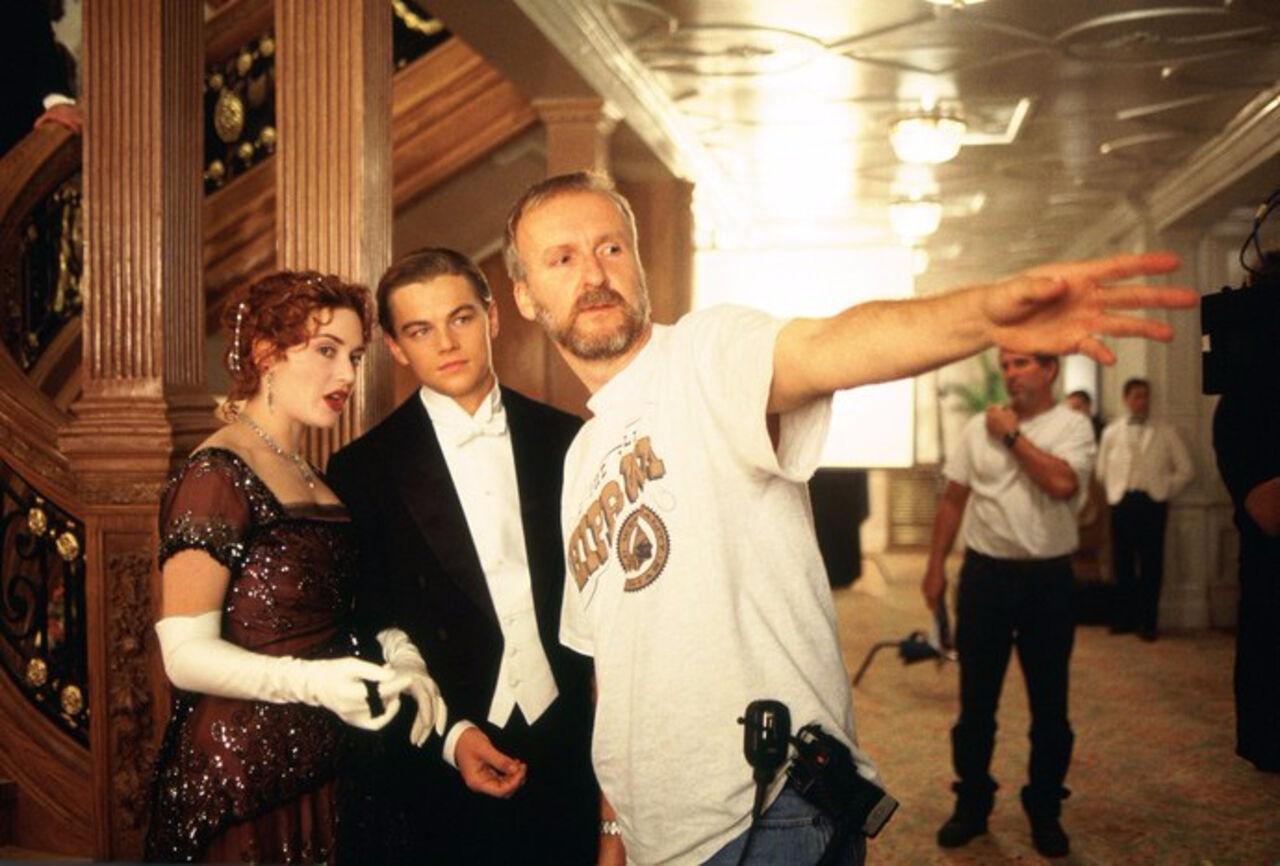Кэмерон установил  точку вспоре офинале фильма «Титаник»