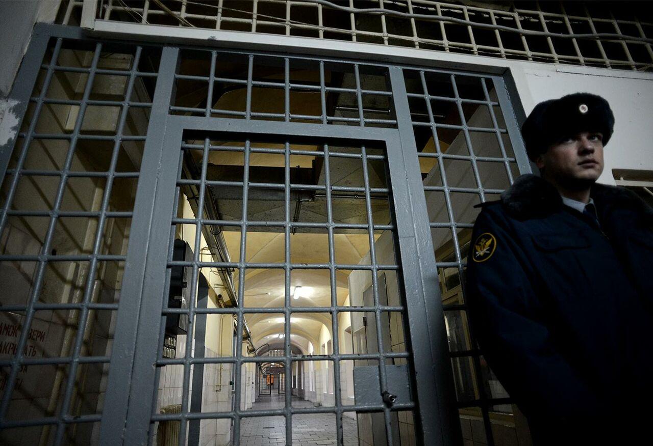 Количество осужденных молодых людей в РФ достигло исторического минимума