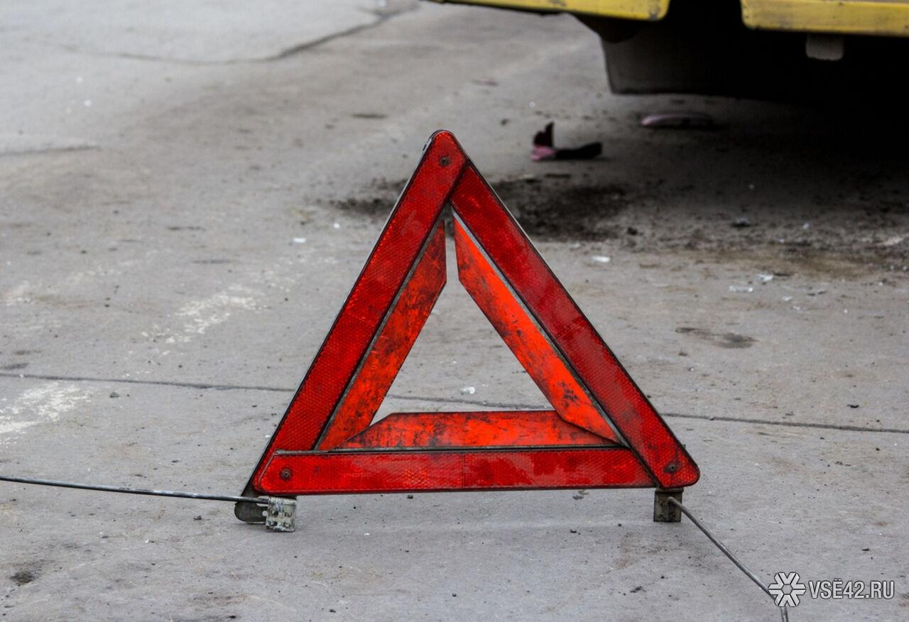 Насевере столицы машина сбила женщину сколяской