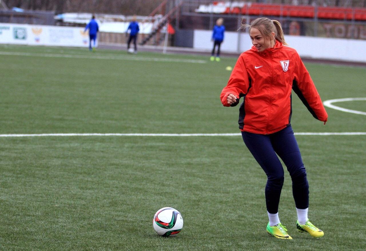 Кемеровчанка забила единственный гол команды напервой игре универсиады