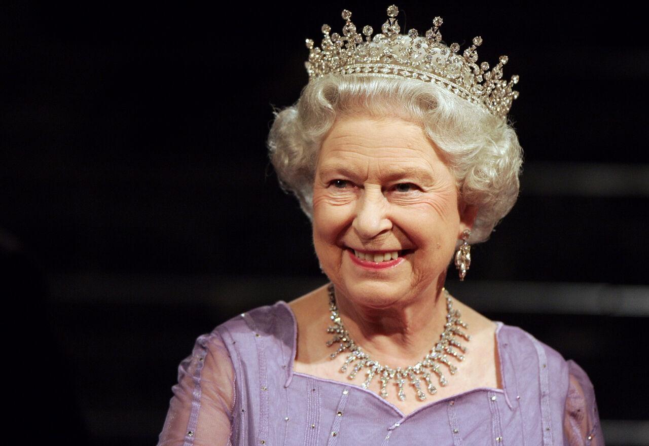 ЕлизаветаII покинет престол ввозрасте 95 лет