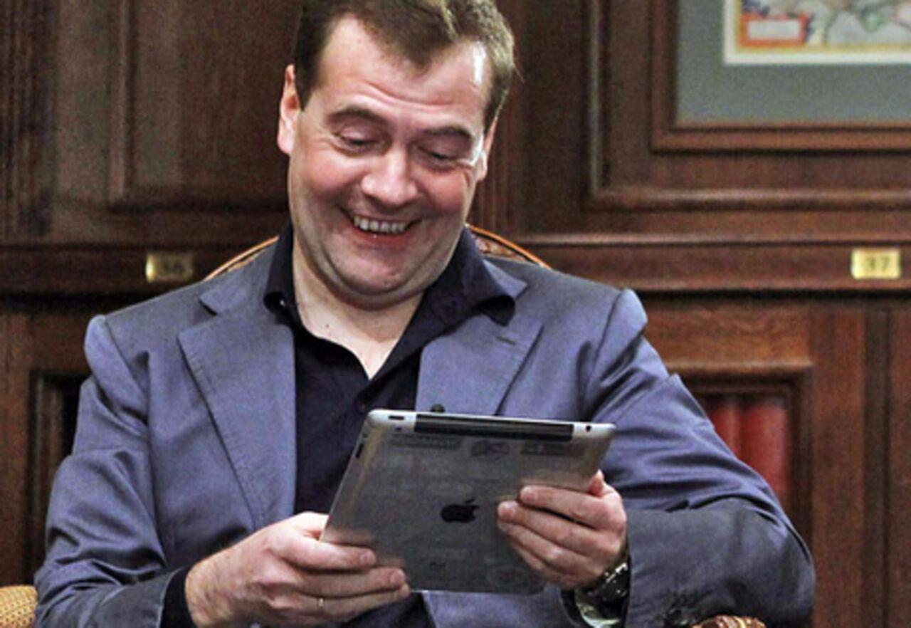 Дмитрий Медведев беспрепятственно зашел на заблокированный RuTracker