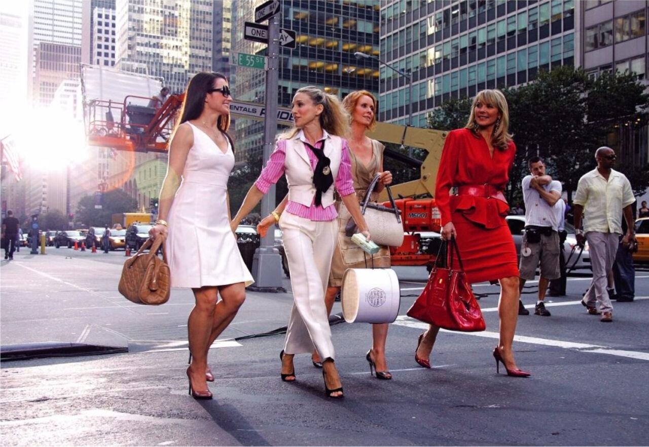 Ученые рассказали, что шопинг доставляет больше удовольствия, чем интим