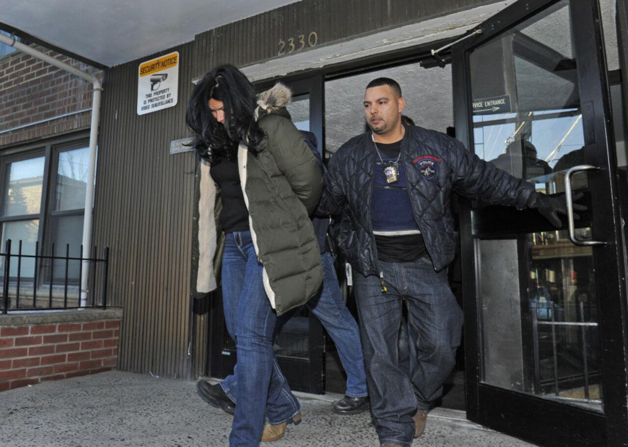 СМИ: в Нью-Йорке задержали разыскиваемую за убийство россиянку