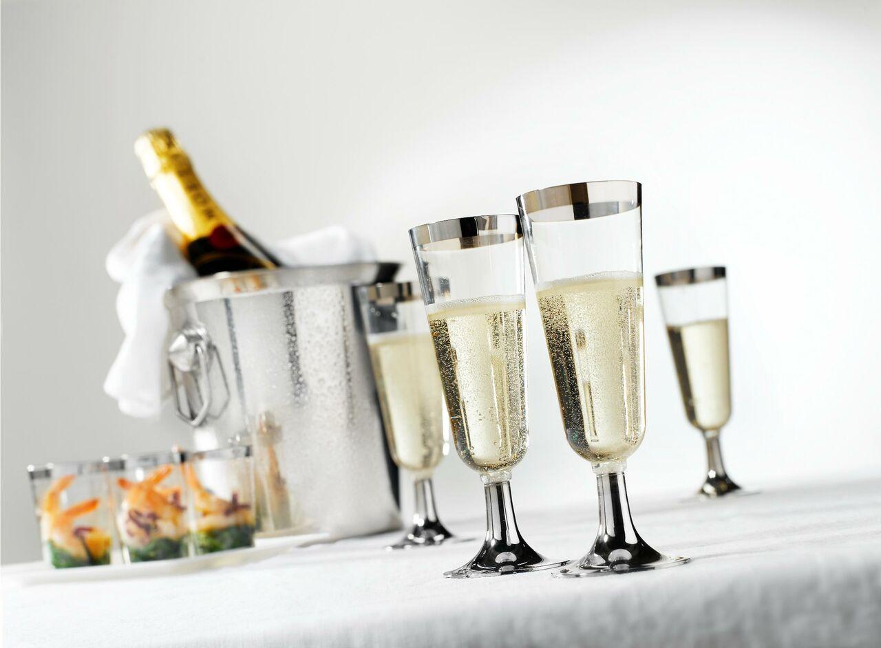 Треть шампанского вРоссии непрошло проверку качества