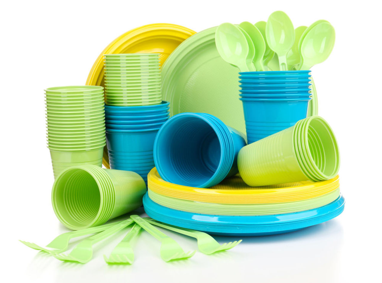 Комитет Европарламента поддержал запрет на одноразовую посуду в ЕС | Korrespondent.net