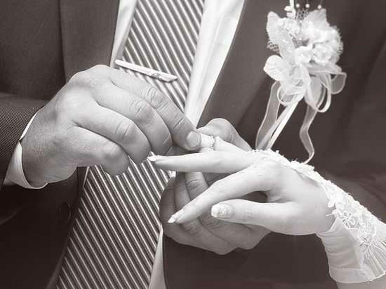 Ученые назвали безупречную разницу ввозрасте для счастливого брака