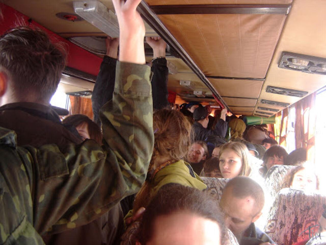 Прижимания полный автобус 9 фотография