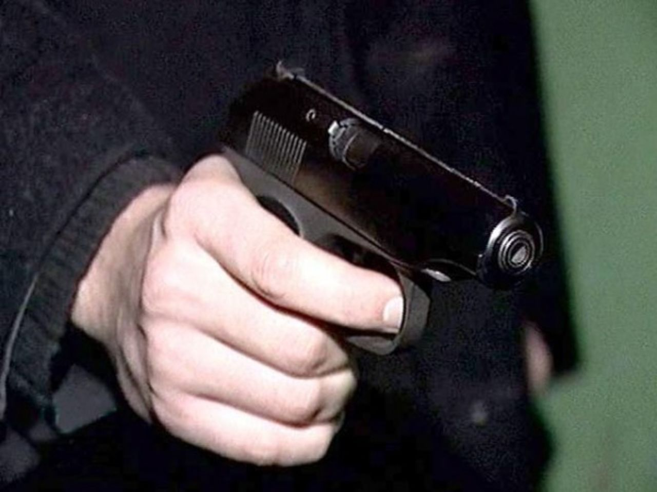 Преступник поимел полицейскую 20 фотография