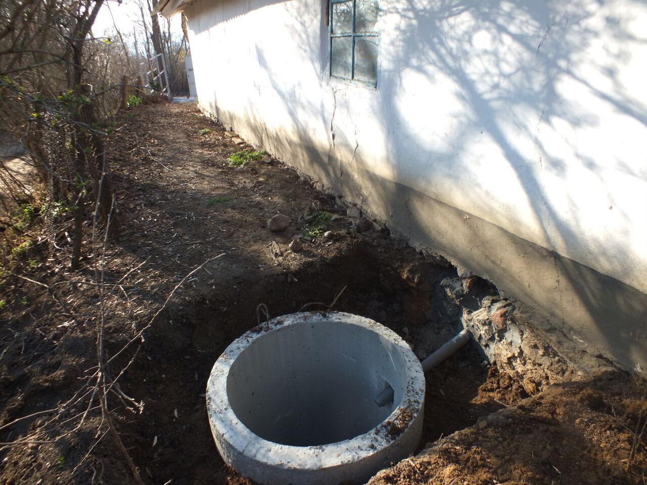 Как сделать выгребную яму близко грунтовые воды 267