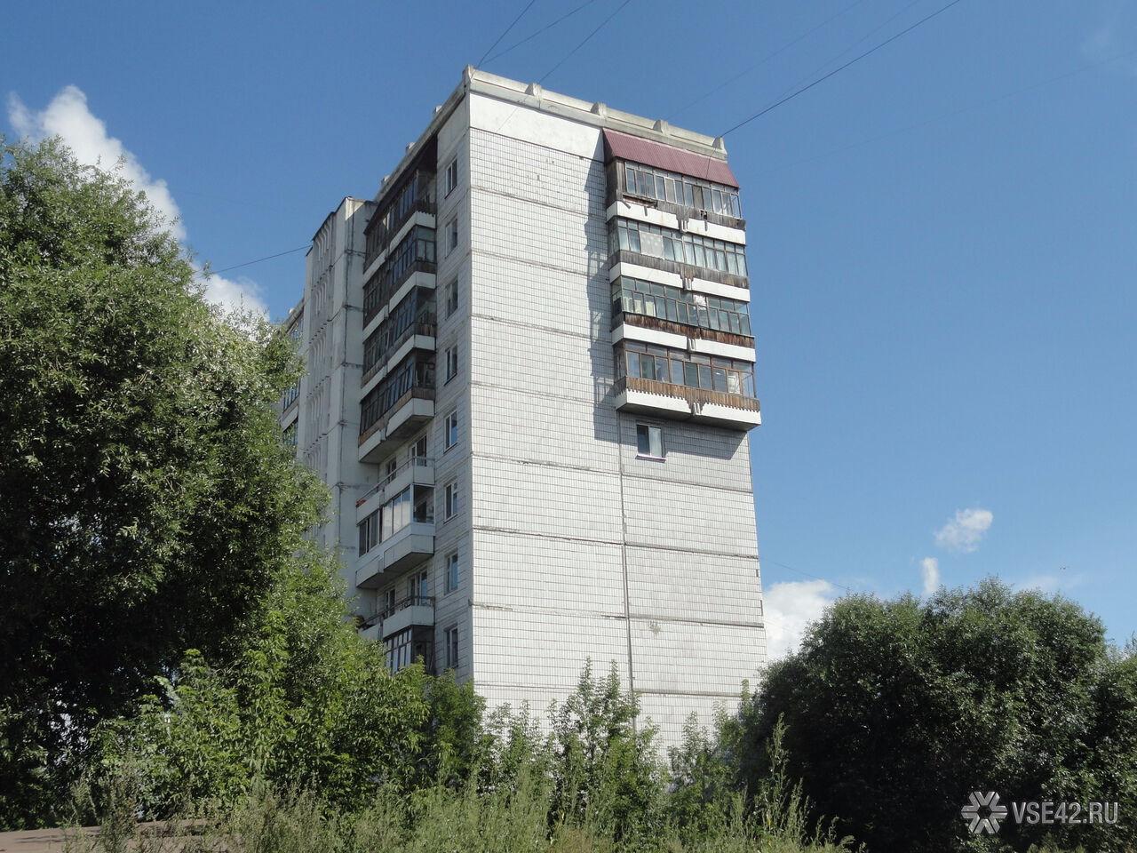 Семилетняя девочка выжила после падения изокна 5-ого этажа