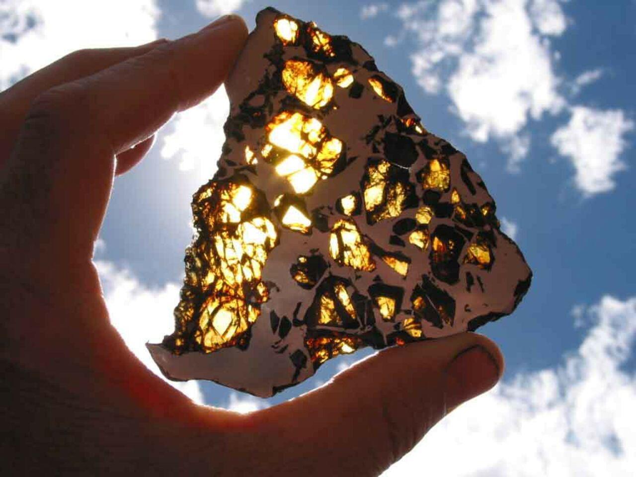 Ученые ищут упавший под Красноярском метеорит
