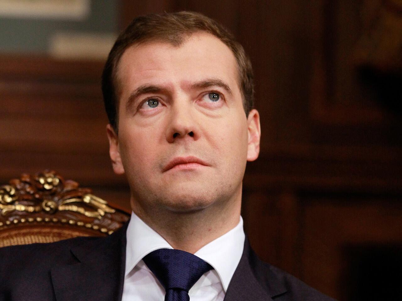 Дмитрия Медведева эвакуировали изСколково из-за угрозы безопасности