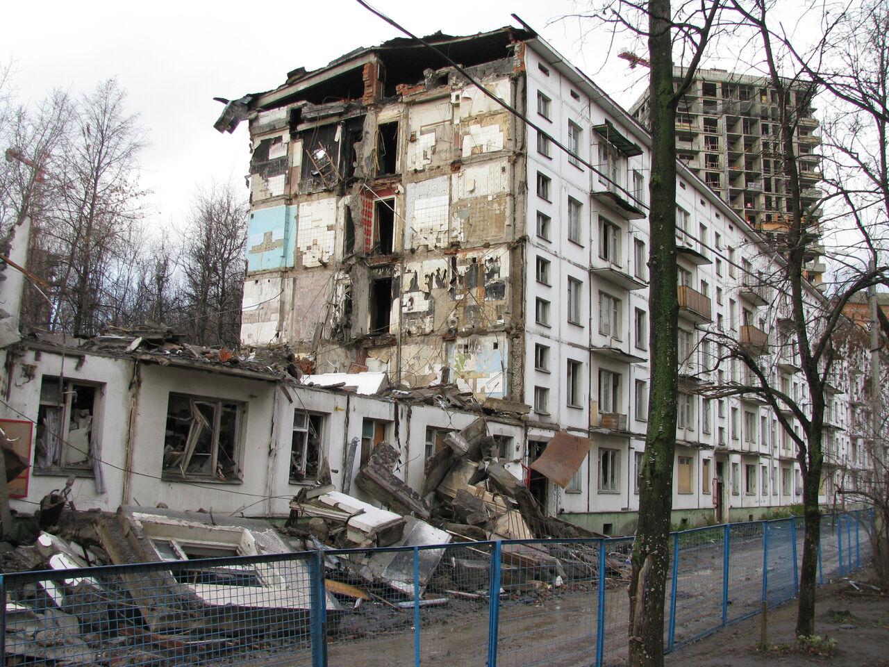 Публичная палата проследит засоблюдением прав жителей столицы при сносе пятиэтажек