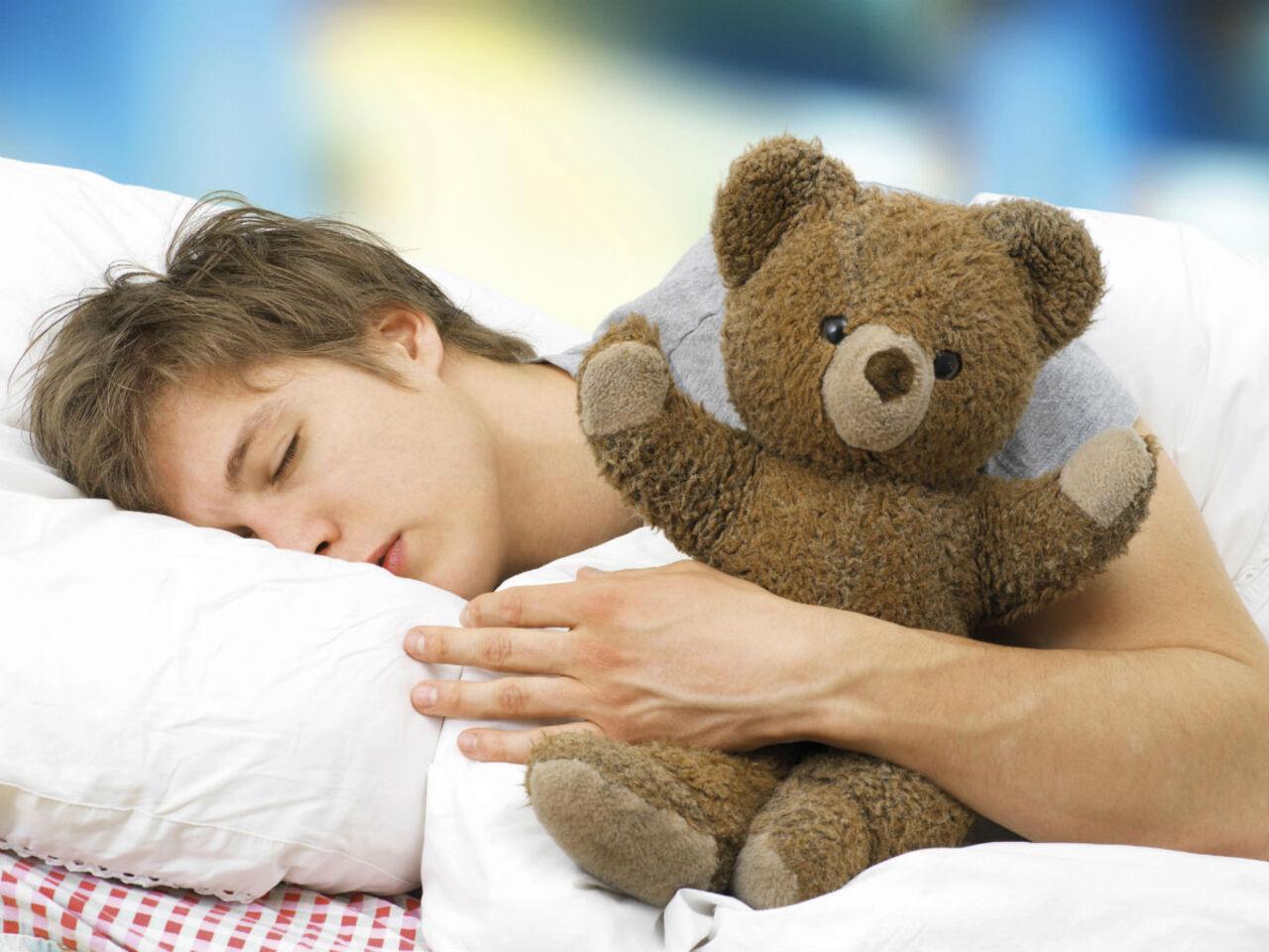 Ученые: продолжительный сон вредит здоровью не менее, чем недосып
