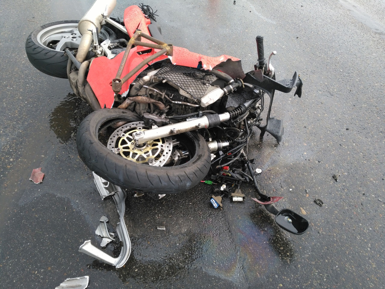 ВКузбассе шофёр «Мазды» насмерть сбил мотоциклистку ипопал под суд