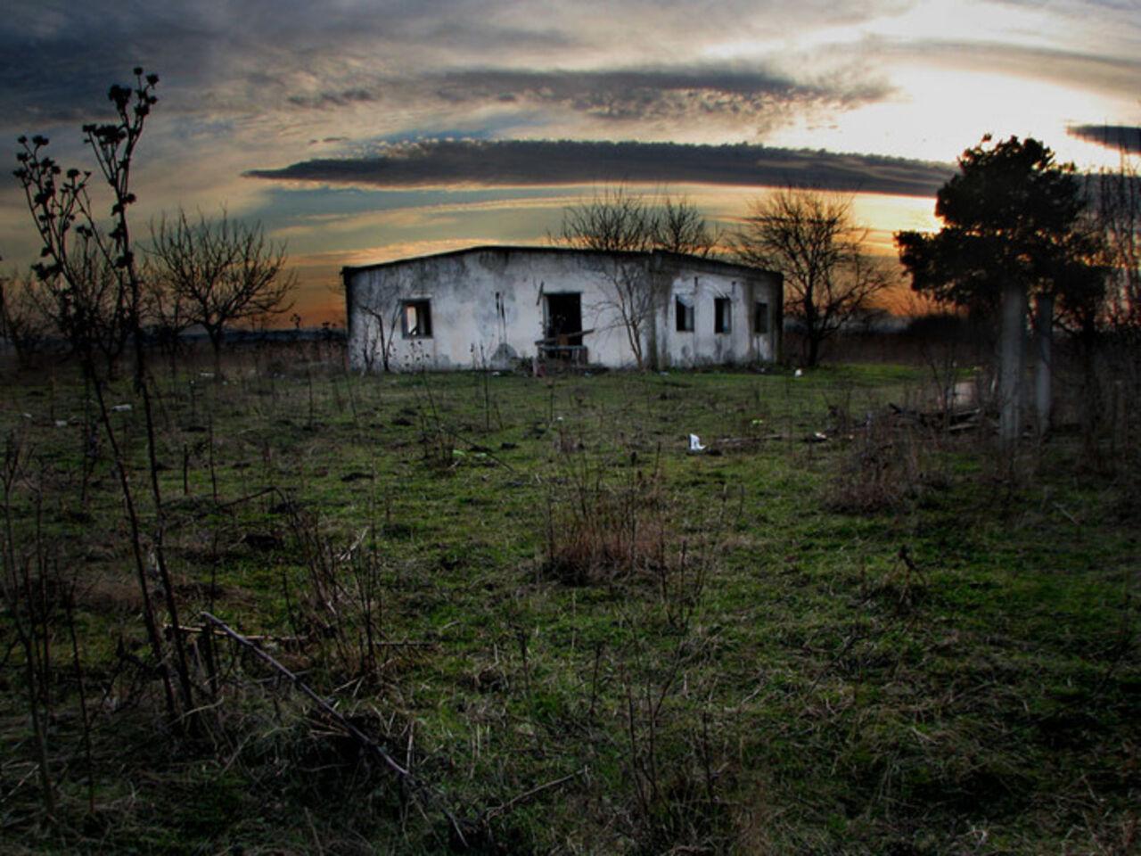ВЛенобласти вподвале заброшенного дома отыскали мумию грудного ребенка