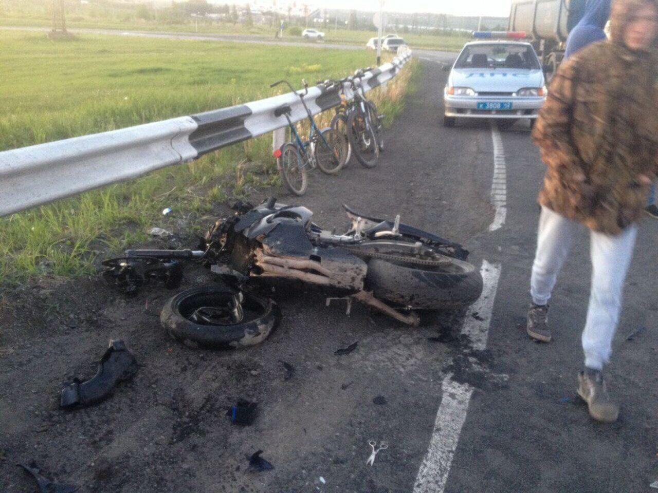 ВКузбассе вДТП умер мотоциклист наYamaha R1
