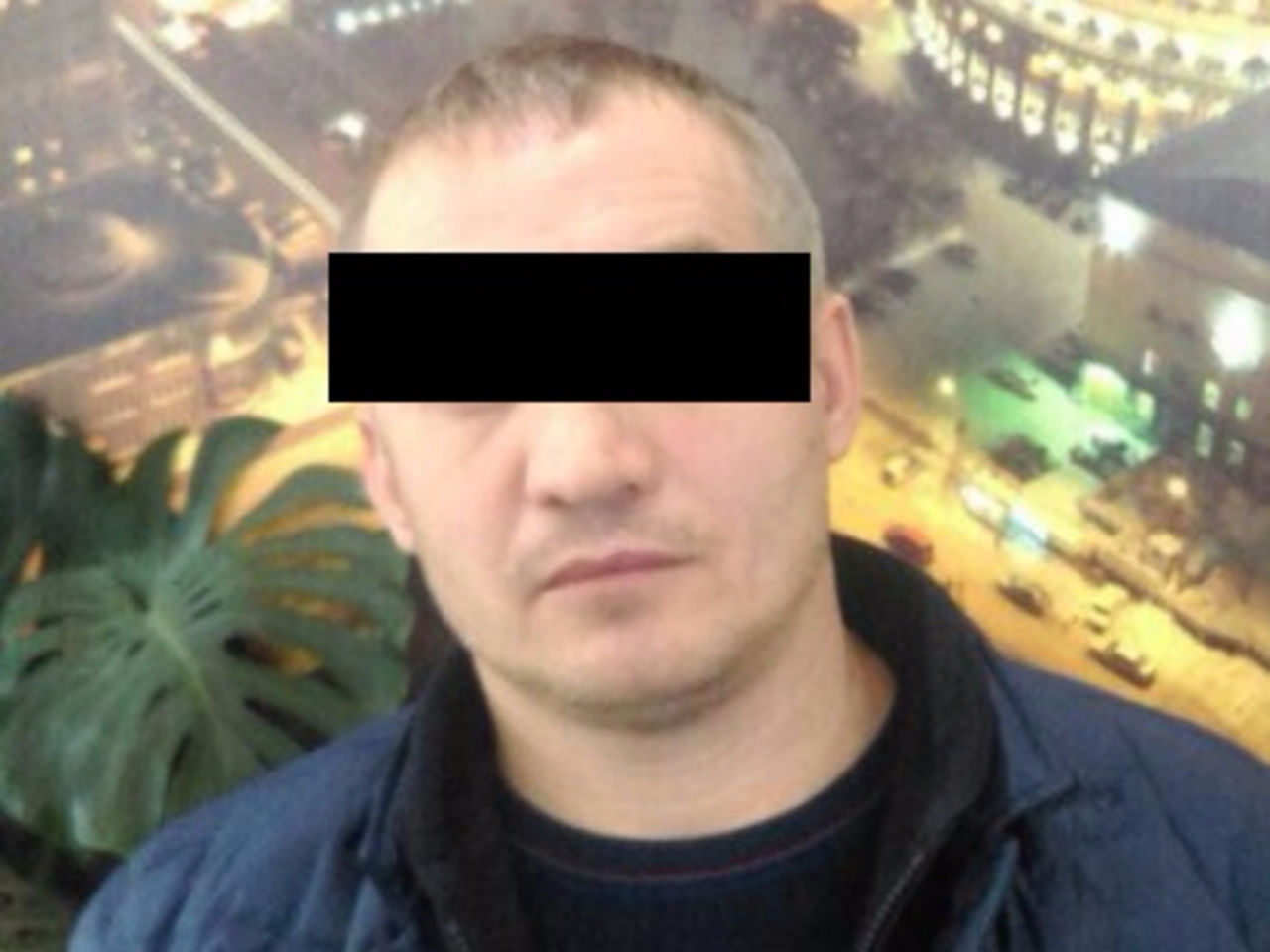 Новосибирские полицейские задержали банду вымогателей