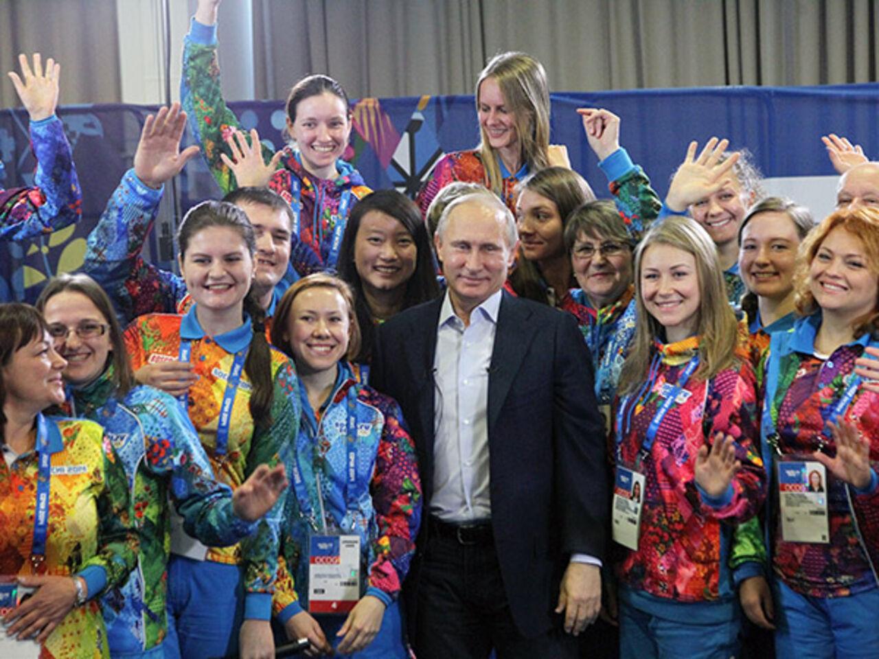 Путин подписал указ об заведении в РФ Дня волонтера