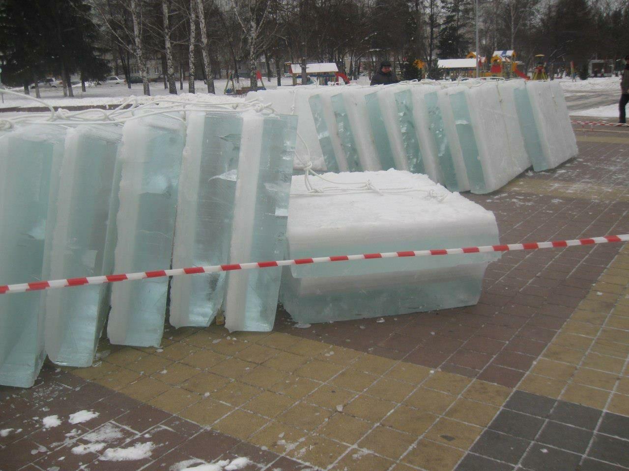 Бульвар Строителей вКемерове готовят кНовому году