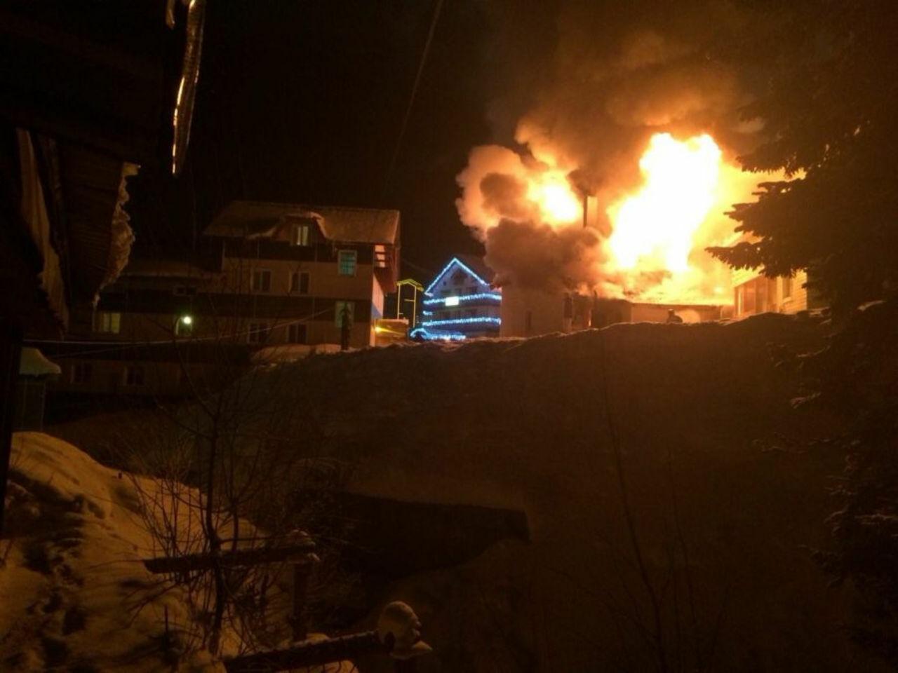 Стали известны детали  пожара натерритории гостиницы вШерегеше