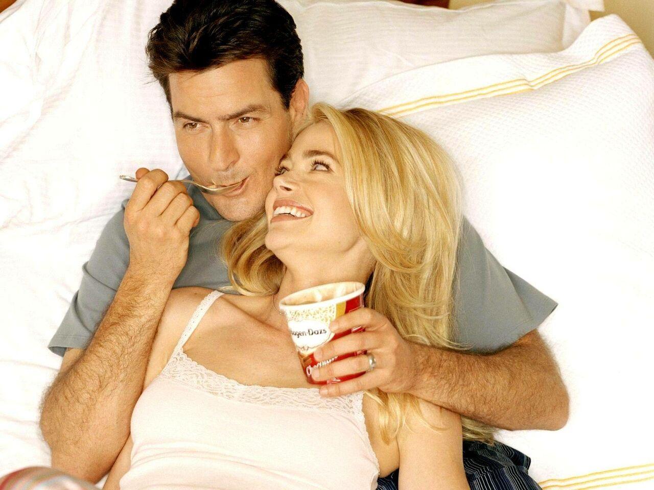 Диетологи назвали продукты для лучшего секса