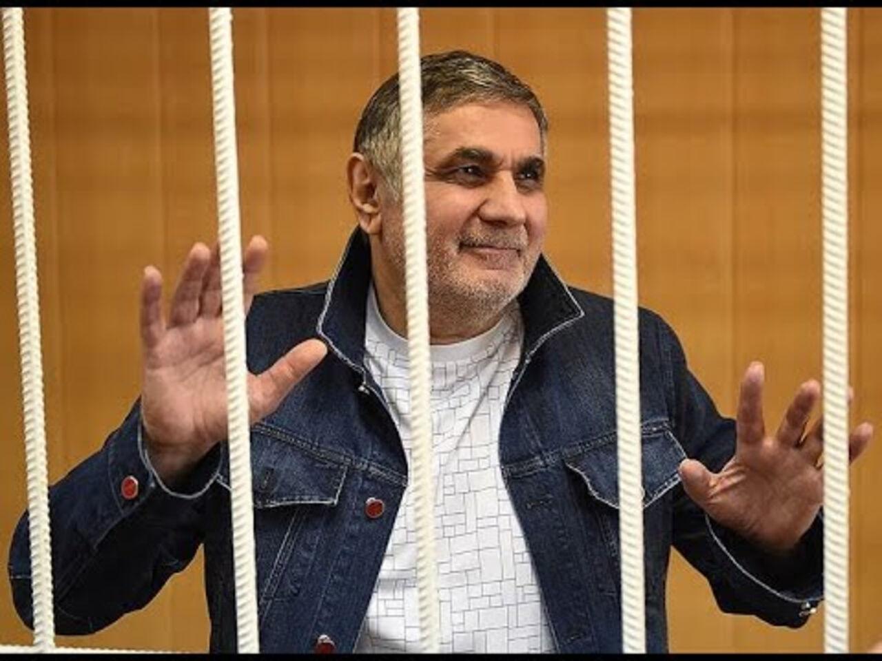 Суд признал уголовного авторитета Шакро юного виновным ввымогательстве