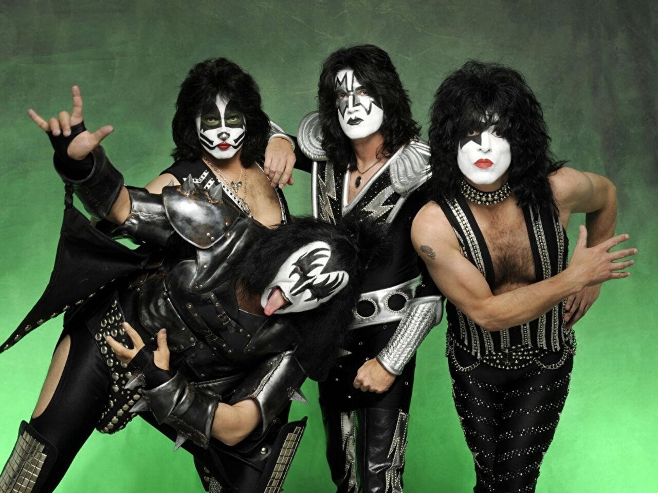 Американская рок-группа Kiss выступит в Петербурге в рамках своего последнего тура. Об этом сообщил портал'78