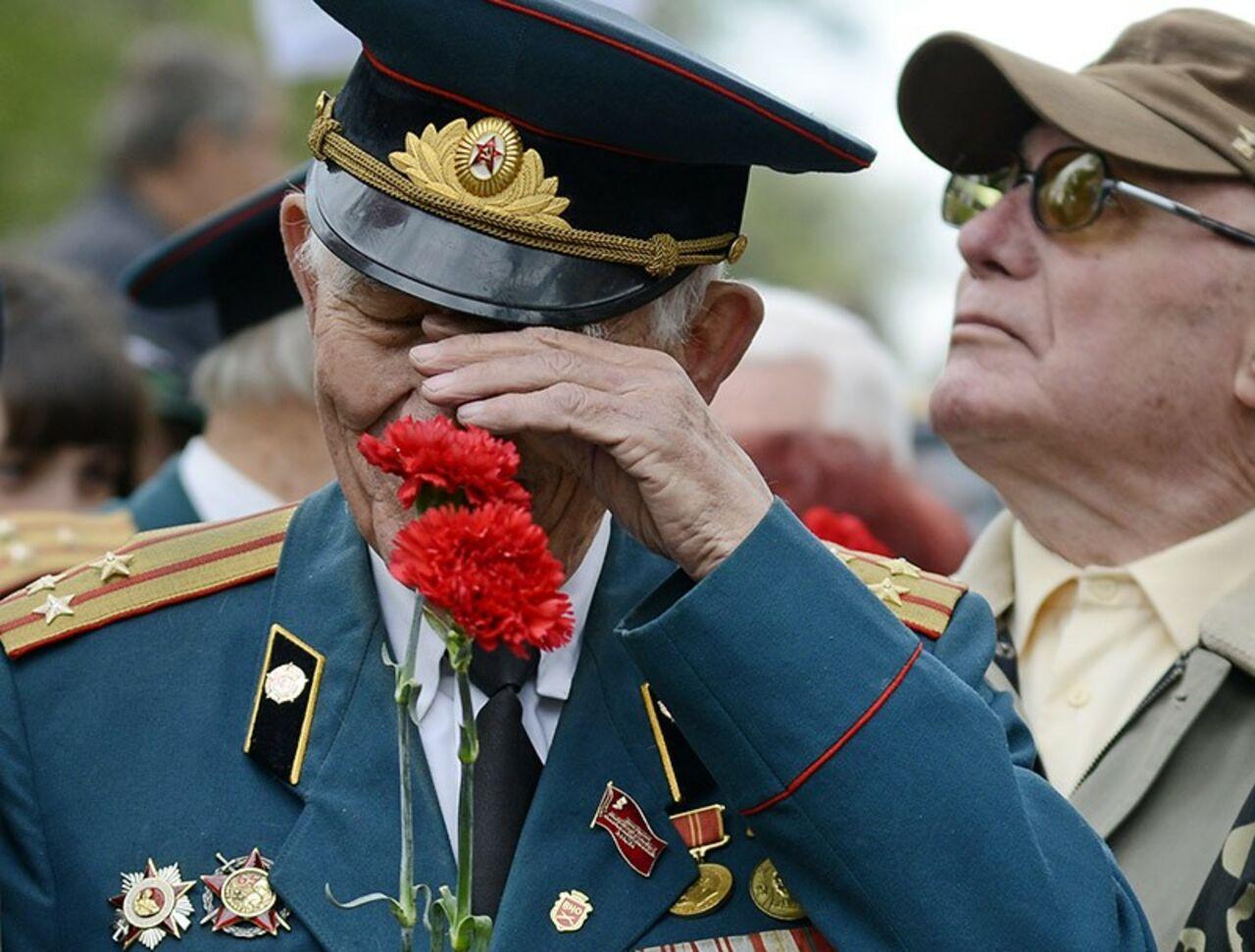 Калининградский ветеран ВОВ выпал изокна