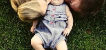 День поцелуев в снимках Instagram