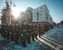 Возложение цветов к Мемориалу славы в Кемерове