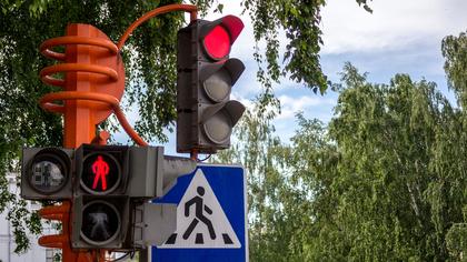 """""""Тупиковая ситуация"""" на оживленном перекрестке возмутила кемеровчанина"""